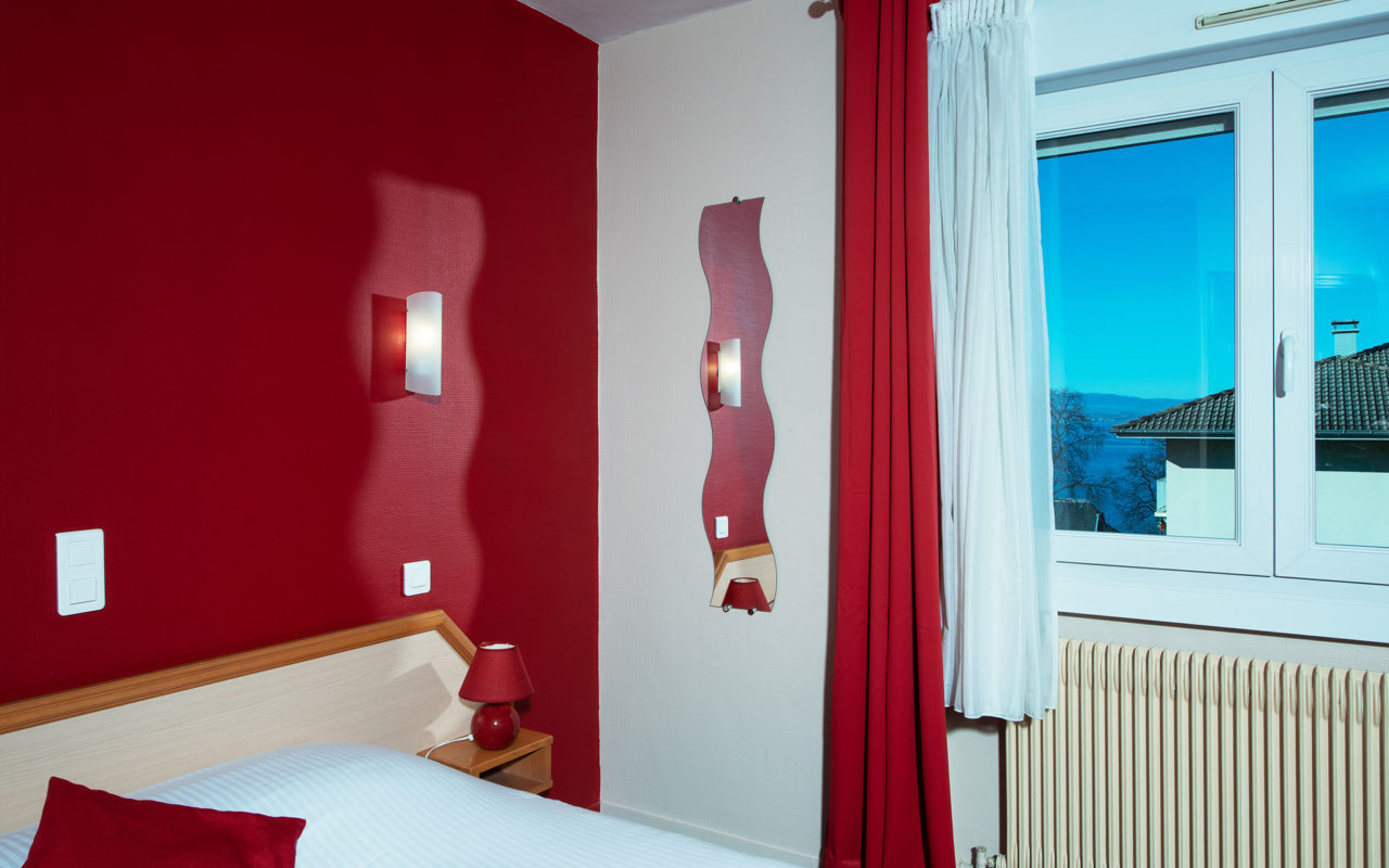 Chambre Double PMR Hotel Evian Express